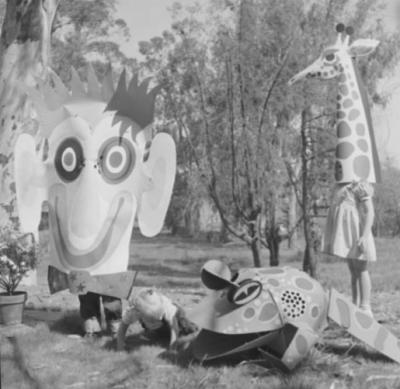 Charles eames paper costumes - HabitatKid blog