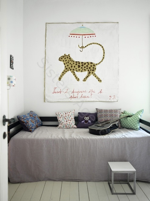Grey and white boy room - HabitatKid blog