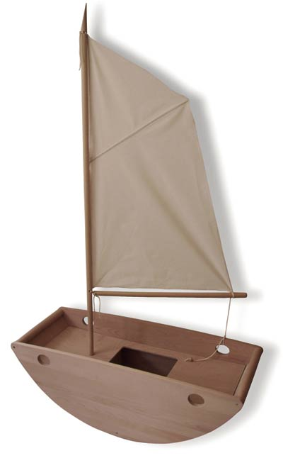 Bassinet converted into sailboat - HabitatKid blog