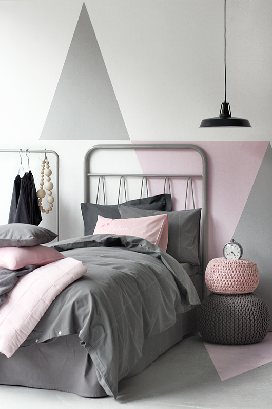 Grey and Pink bedroom - HabitatKid blog